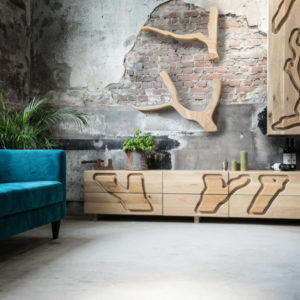 Eiken TV Kast, ontworpen door Jan Gunneweg